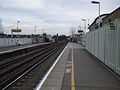 Clapham High Street stn look east2.JPG