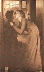 Clarence H White-The Kiss.jpg