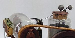 Corbett's electrostatic machine - Image: Close up of metal rake