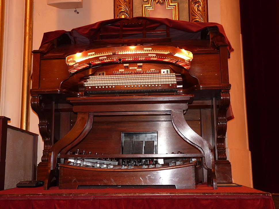 Coleman Theater Organ