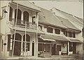 Collectie NMvWereldculturen, RV-A440-ee-35T, Foto, 'Chinese woningen te Batavia circa 1875', fotograaf Woodbury & Page, Ca. 1875.jpg