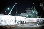 Crane removed part of Wall Brandenburg Gate