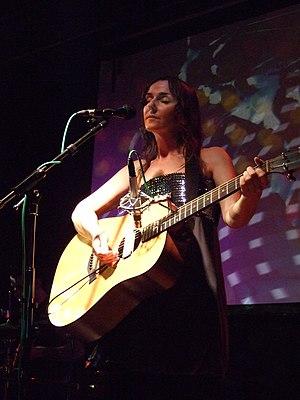 Cranes (band) - Cranes singer Alison Shaw