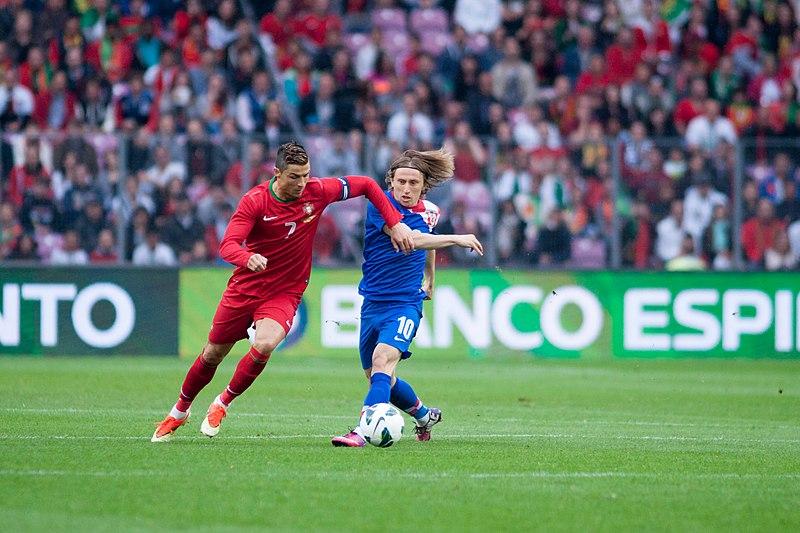 Cristiano Ronaldo (L), Luka Modric (R) - Croatia vs. Portugal, 10th June 2013.jpg