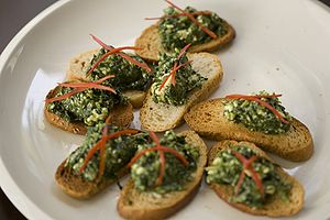 English: Spinach and cheese crostini