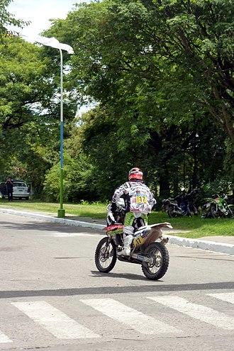 [Imagem: 330px-Dakar_Rally_Paulo_Gon%C3%A7alves_Tucuman.JPG]