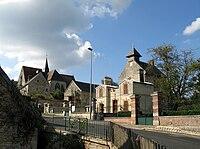 Dampleux église et mairie 1.jpg