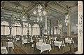 De witte zaal van hotel restaurant Krasnapolsky Warmoesstraat 167-171 met de huidige ingang op Dam 9. Uitgave Kotting & Co, Afb PBKD00325000006.jpg