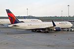 Delta Air Lines, N172DZ, Boeing 767-332 ER (20173260952).jpg