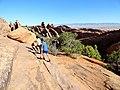 Devils Garden Trail, Arches (29009529364).jpg