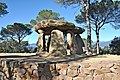 Dolmen pedra genti--vallgorguina-2013.JPG