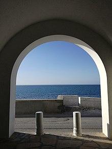 Door on the sea.jpg