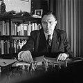 Dr. Euwe aan de schaakstudie, Bestanddeelnr 902-5921.jpg
