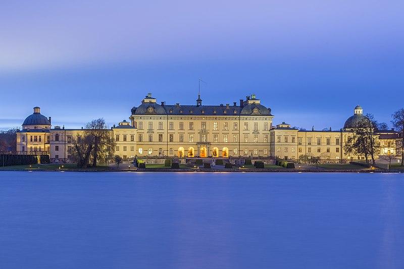 800px-drottningholm_royal_palace_stockholm_sweden
