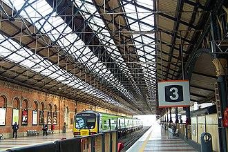 Dublin Connolly railway station - Platform 3 at Connolly Station with a 29000 Class arriving on platform 4