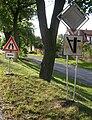 Dublovice, dopravní značky.jpg