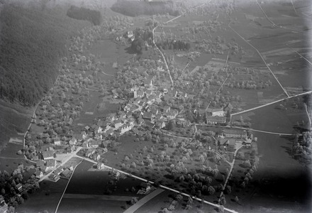Aerial view from 500 m by Walter Mittelholzer (1924)