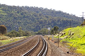 Eastern Railway (Western Australia) - Current line where it leaves the Swan Coastal Plain, and follows the Avon River through the Darling Scarp to Toodyay