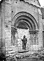 Eglise Saint-Etienne - Portail de la façade sud - Vernouillet - Médiathèque de l'architecture et du patrimoine - APMH00003277.jpg