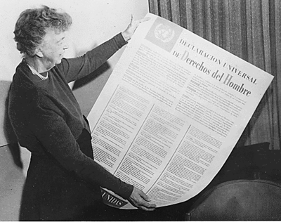 Eleanor Roosevelt with the Spanish version of the Universal Declaration of Human Rights on Dec 10, 1948 in Paris | Credit: Wikimedia Commons