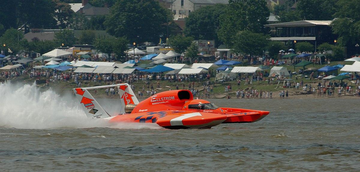 Hydroplane (boat)