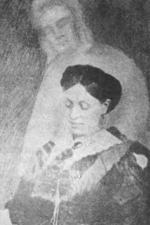 Emma Hardinge Britten - Emma Hardinge Britten taken by William H. Mumler.