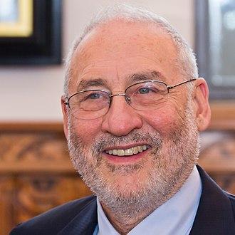 Joseph Stiglitz - Image: Empfang Joseph E. Stiglitz im Rathaus Köln 1473