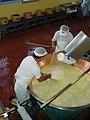 Estrazione del Parmigiano Reggiano 2.jpeg