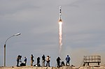 Expedition 56 Launch (NHQ201806060008).jpg