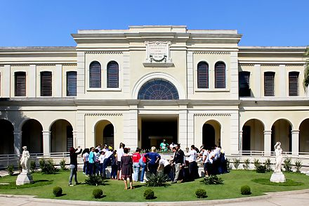 Immigration Museum of the State of Sao Paulo in the neighborhood of Mooca, in Sao Paulo city. The Italian Brazilians are 15% of the population and the largest Italian community outside Italy. Fachada do Museu da Imigracao de Sao Paulo.JPG