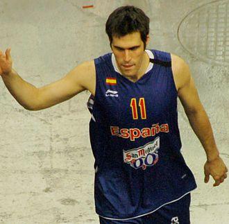 Fernando San Emeterio - San Emeterio in 2012, with the Spanish national basketball team.
