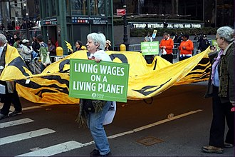 Living wage - Living wage protest and march in New York City (2015)