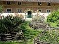 Fontaine-Chaalis (60), abbaye de Chaalis, jardin aromatique 2.jpg