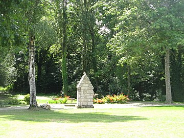Fontaine st Eloi (1).jpg
