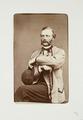 Fotografiporträtt på man - Hallwylska museet - 107770.tif