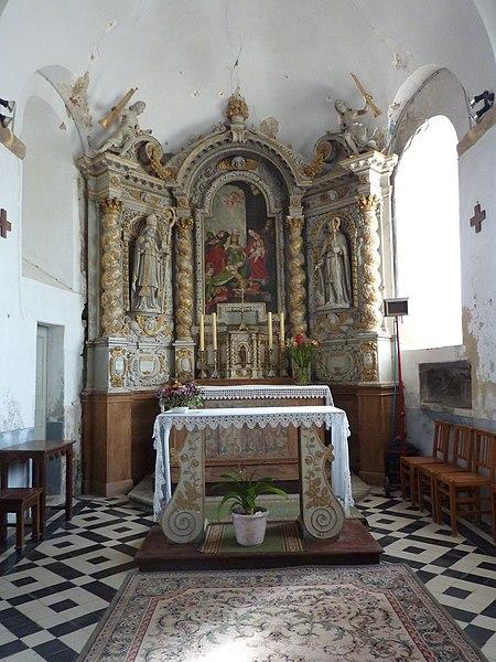 Église de Saint-Loup, Manche, France. Autel principal.