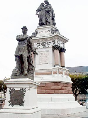 Pierre Philippe Denfert-Rochereau - Statue of colonel Denfert-Rochereau in Belfort.