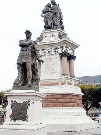 Pierre Philippe Denfert-Rochereau - Statue of colonel Denfert-Rochereau in Belfort.