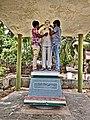 Full size statue of Melam Suryanarayana.jpg