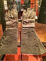 Gen. Robert E. Lee's gauntlet gloves.jpg