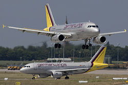 Germanwings A319 D-AGWP D-AKNL.jpg