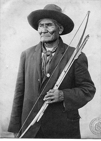 Geronimo - Geronimo with traditional Apache bow