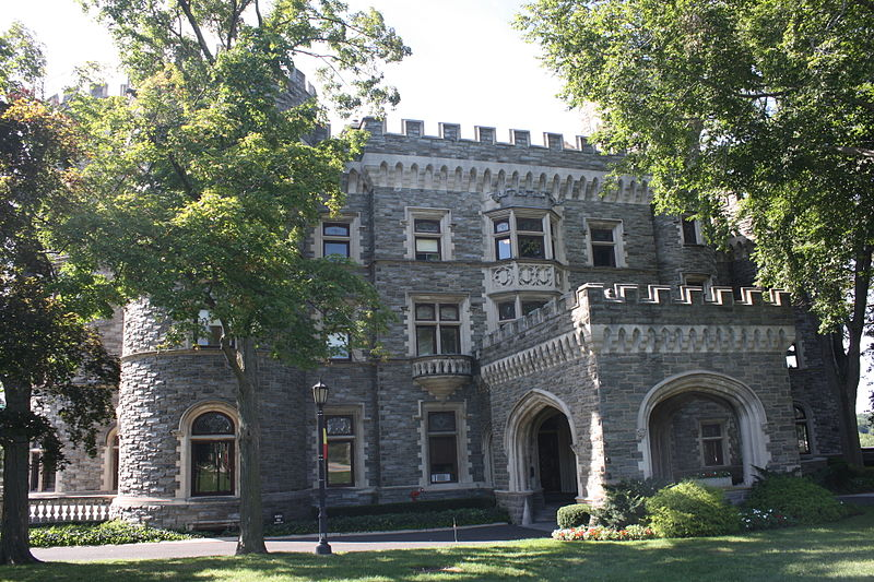 File:Grey Towers Castle, Eastern Side 01.JPG
