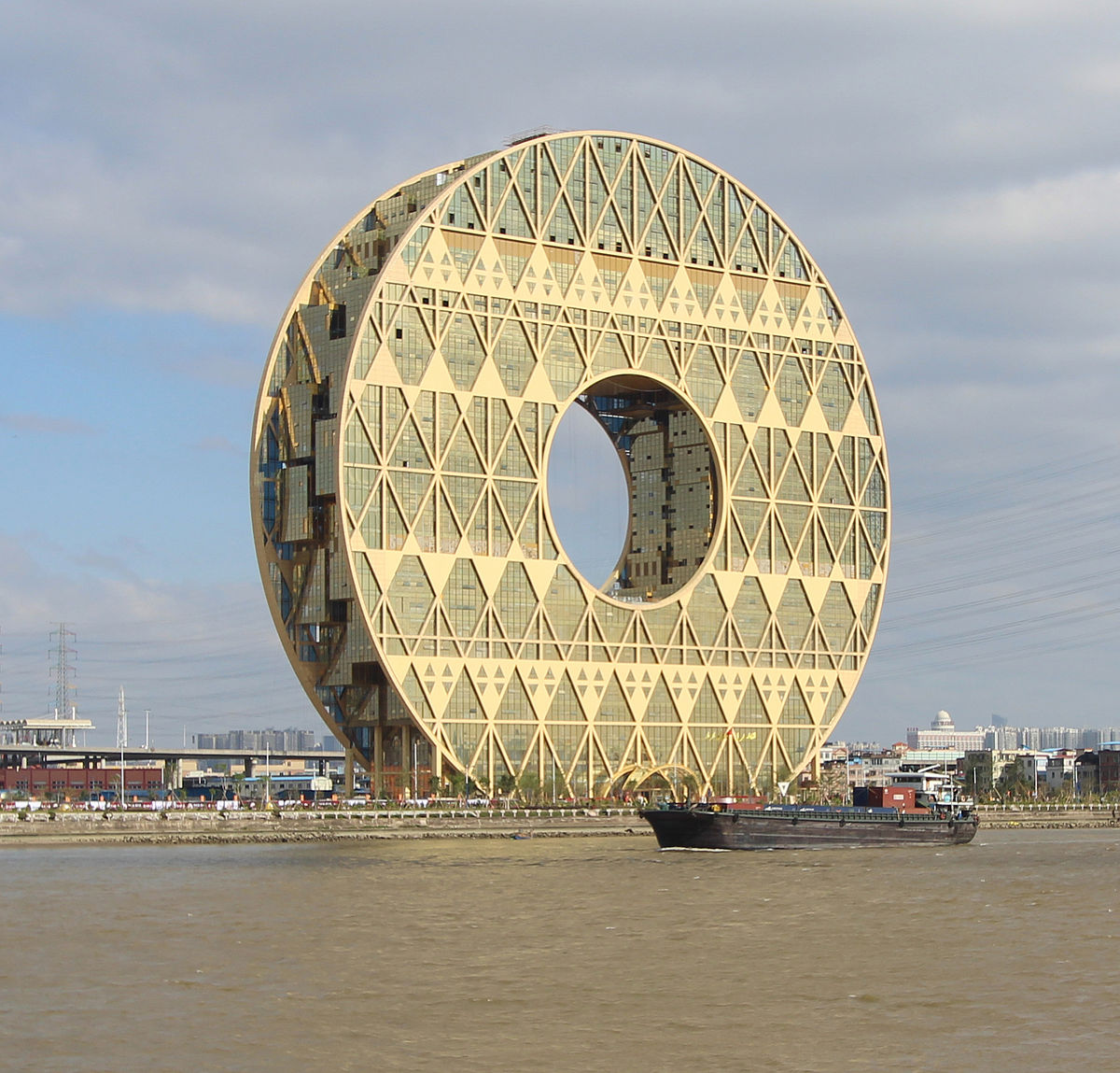 guangzhou circle wikipedia
