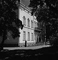 Hakasalmen huvila, Karamzininkatu 2 (=Karamzininranta ). Helsingin kaupunginmuseo - N213205 - hkm.HKMS000005-0000114w.jpg