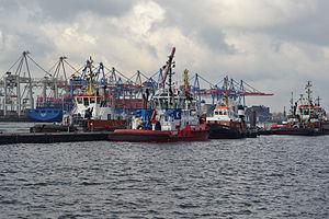 Hamburg Schlepper 01.jpg