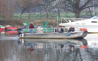 Hammerton's Ferry - Image: Hammerton's Ferry casting off