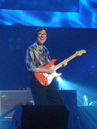 Hank Marvin - Marvin in 2009