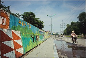 Hanoi Ceramic Mosaic Mural - Image: Hanoi Ceramic Mosaic Mural (14770543373)