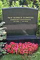 Heinrich Schweiger Prof., Ehrengrab am Wr.Zentralfriedhof, 3.Tor, Gruppe 40, Grab 74.jpg